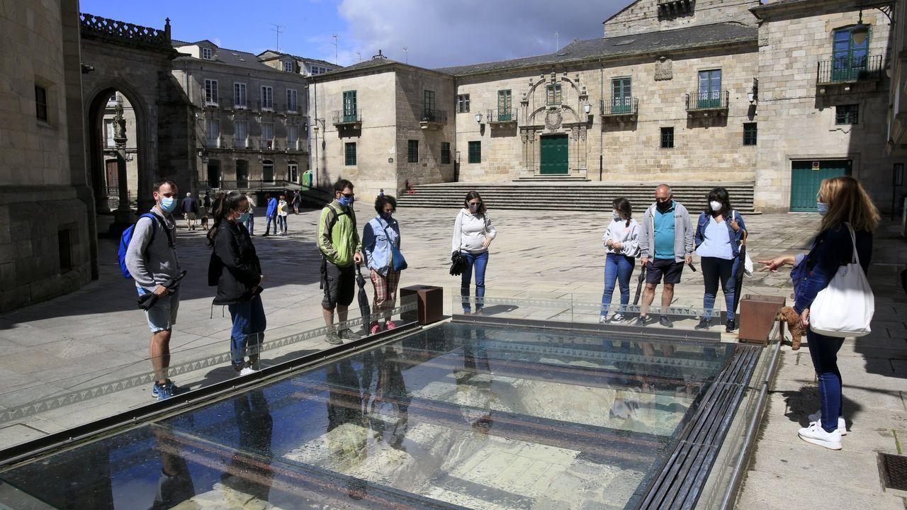 Manifiesto de los trabajadores de la música de Lugo por una «cultura segura».Las visitas guiadas por Lugo recorren los lugares más emblemáticos de la ciudad