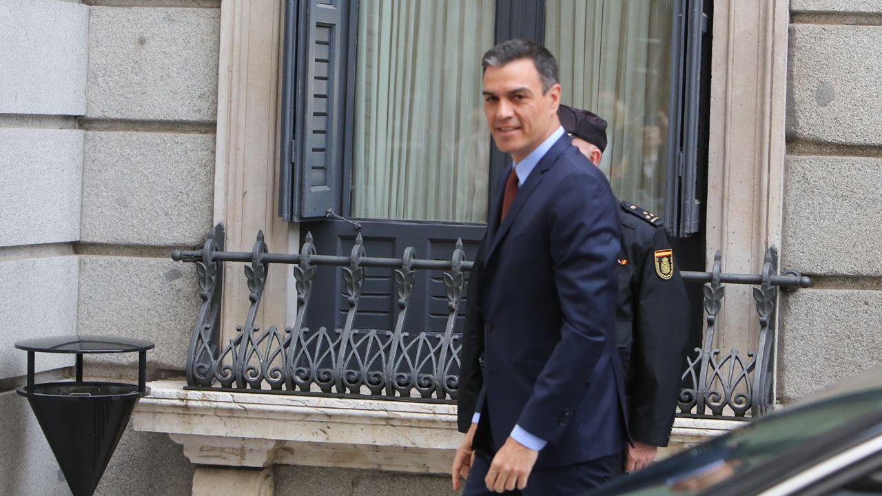 Pedro Sánchez llegando esta mañana al Congreso para la constitución de la XIII Legislatura