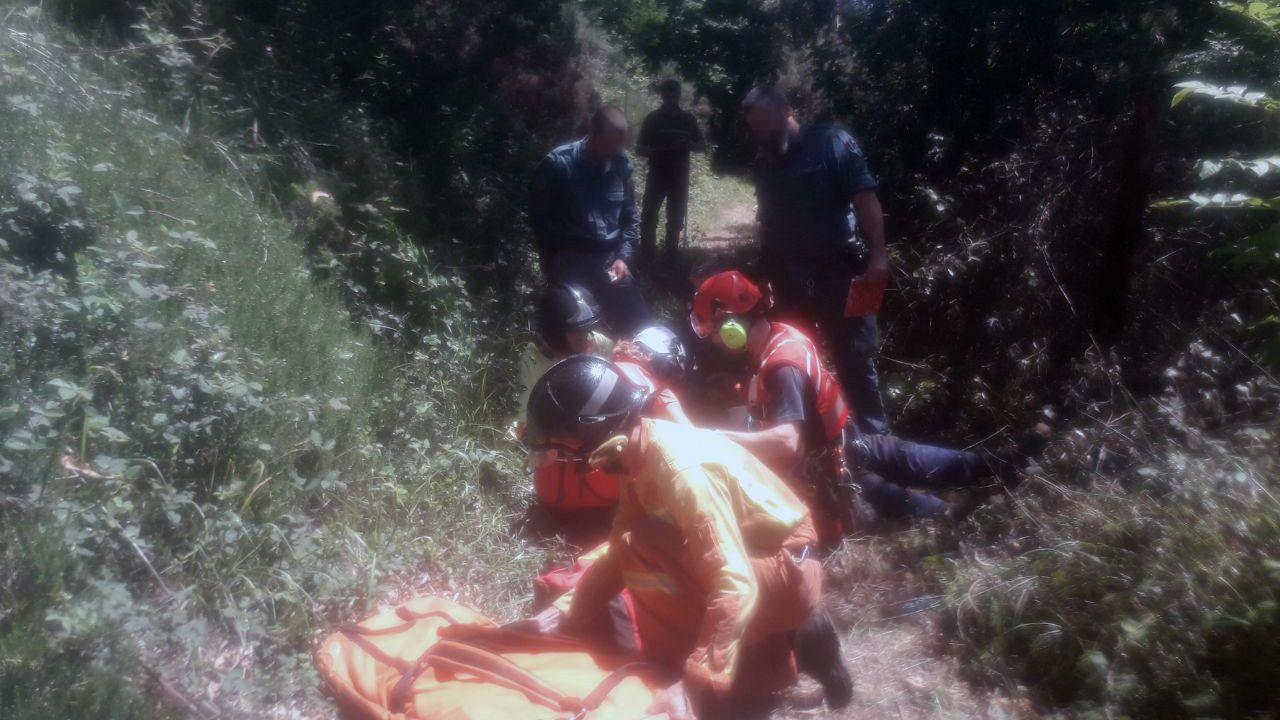 Un herido en un incendio forestal en Cabranes