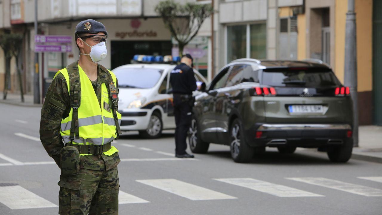 Despliegue de la Brilat en Monforte para colaborar en el control de vehículos
