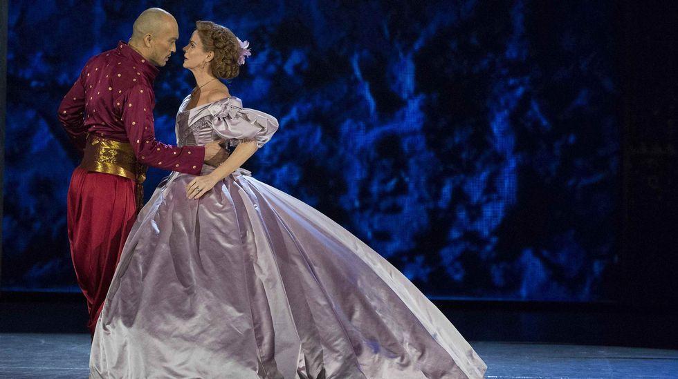 Ken Watanabe y Kelli O'Hara interpretan el musical «El rey y yo».