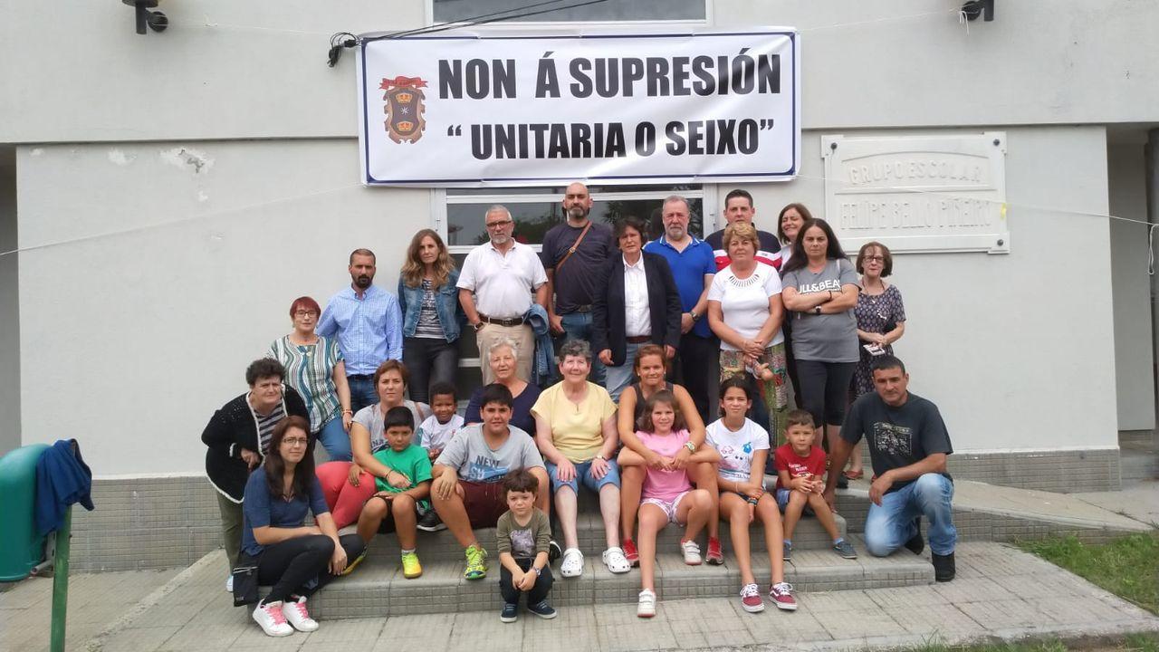 ¡Así se vivió laregata de la LGT en Muros!.Equipo femenino Club de Remo Cabo de Cruz, ganador de la primera edición femenina de la Bandera de Traineras de la Diputación de A Coruña
