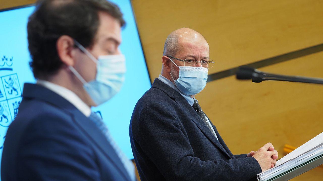 El presidente de la Junta de Castilla y León, Alfonso Fernández Mañueco (PP), y el vicepresidente Francisco Igea (Cs), en una comparecencia conjunta