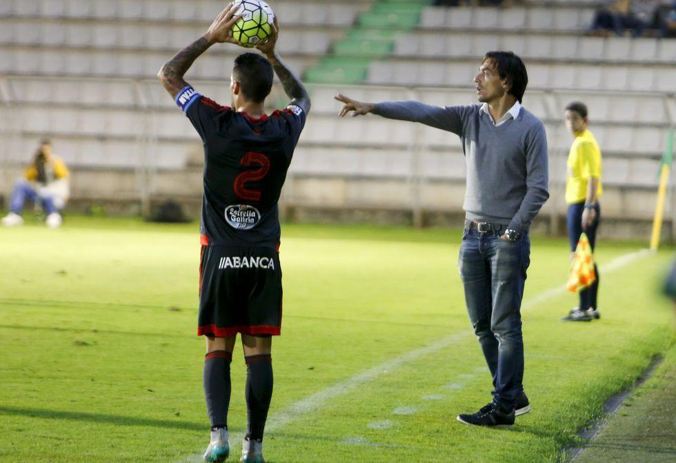 Tena repartió minutos entre la primera plantilla, juveniles y jugadores del Mugardos.