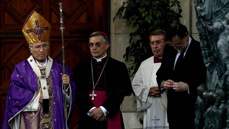 Rouco Varela destaca la figura de concordia que representó Suárez.Soraya Rodríguez (centro), junto a Besteiro y otras representantes socialistas, ayer en Ferrol.