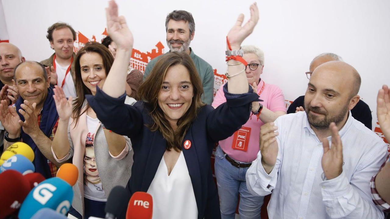 Así se vivió el escrutinio en las sedes de los partidos en A Coruña