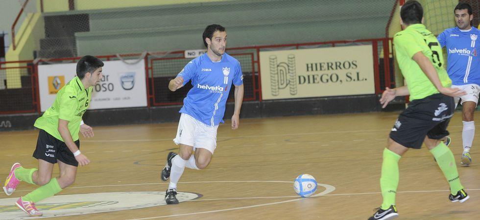 A Estrada Futsal derrotó con autoridad ayer al líder A Pontenova.