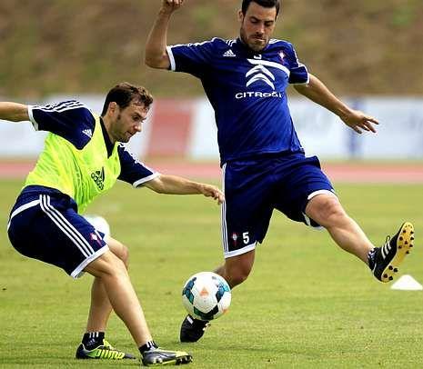 El futuro de Andrés Túñez para el próximo curso parece estar lejos de Vigo.
