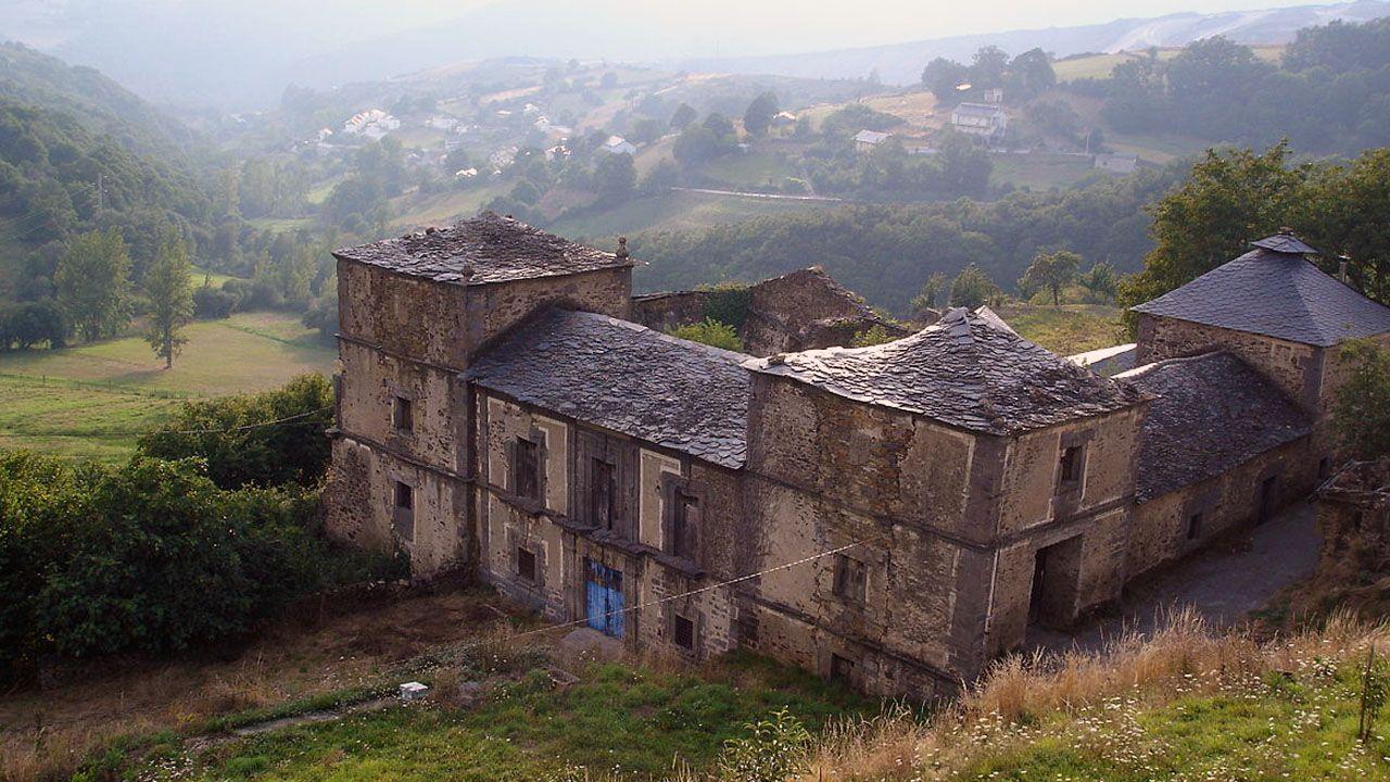 El palacio de Tormaleo, en Ibias