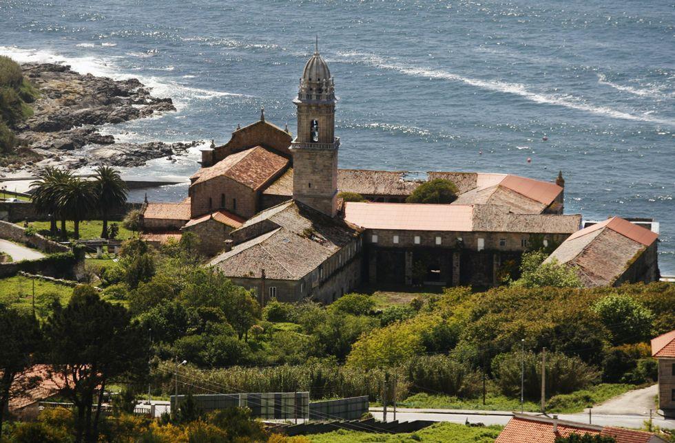 La empresa ha conseguido mantener en pie la única abadía cisterciense en la costa de España.
