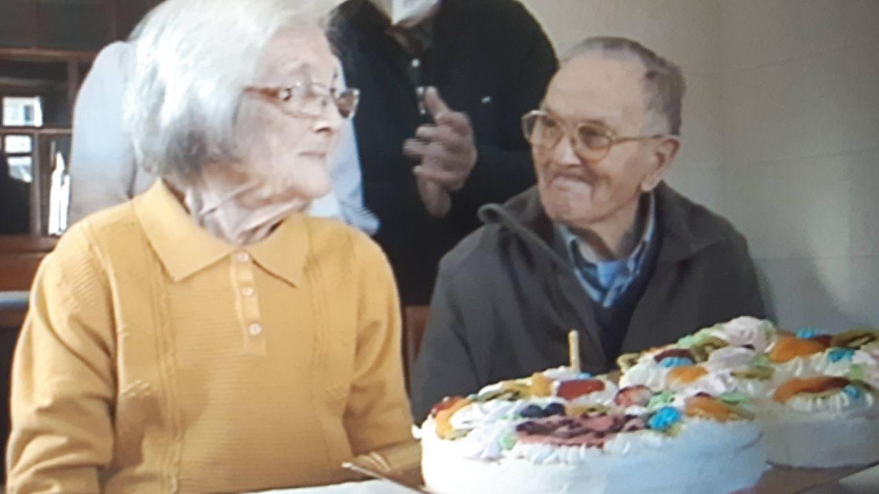 Carmen y Luis superaron el coronavirus en el último mes y celebraron el sábado su 65 aniversario de boda