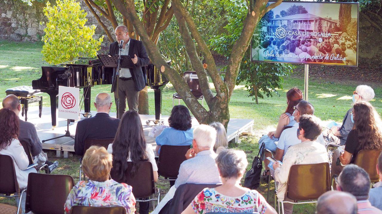 Detalle dos actos celebrados este xoves na casa-museo para celebrar os 50 anos da institución.