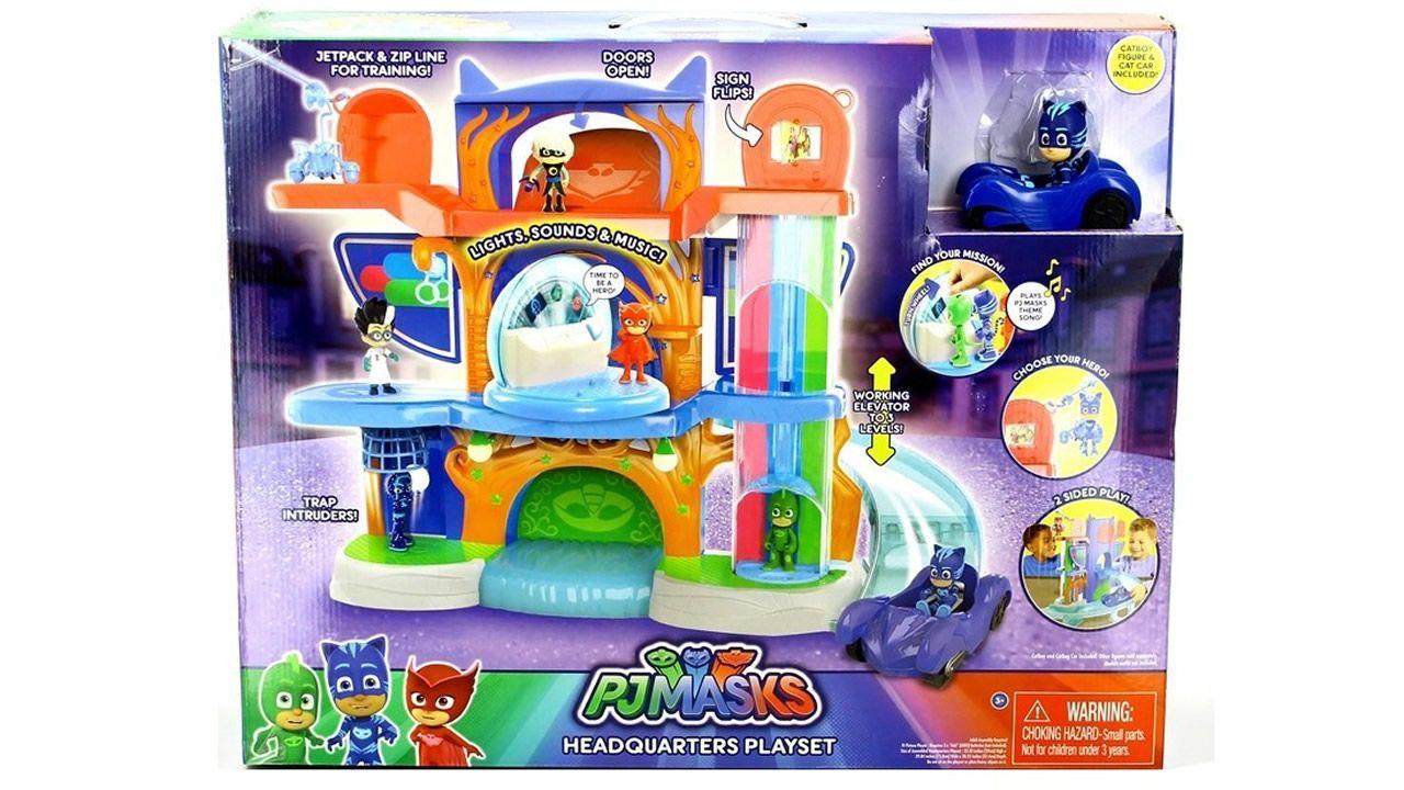 4. Centro de Control PJ Masks. El regalo perfecto para los fans de la icónica serie de televisión infantil. Aunque vala más de 100 euros, vuela de las estanterías.