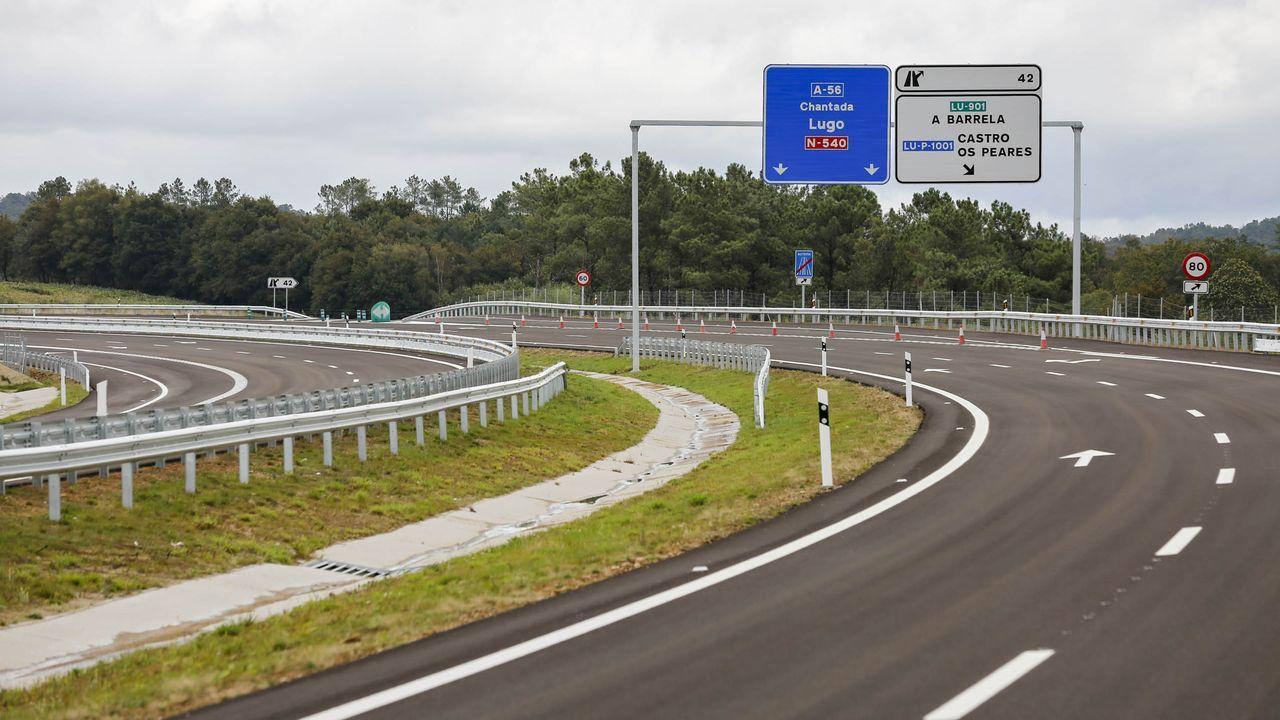 Flashback al pasado: Se vende el primer motel de Lugo.El tramo abierto de la A-56, de 9 kilómetros, permite circunvalar Carballedo