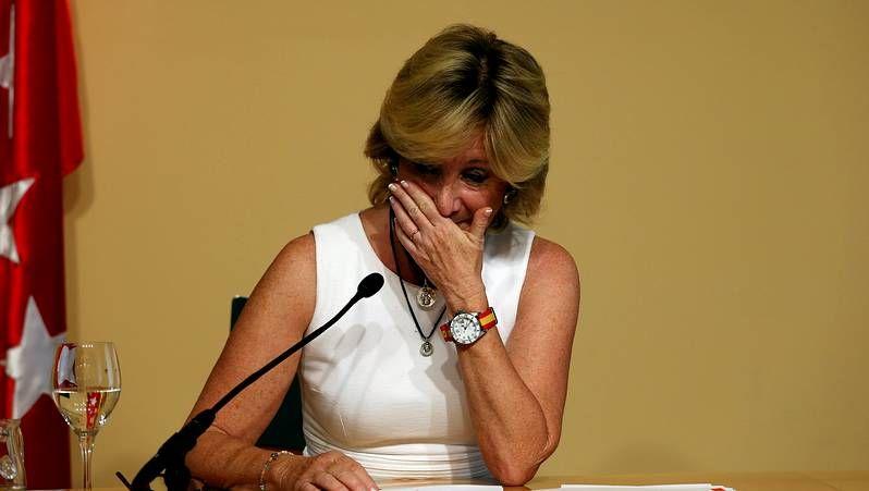 En septiembre del 2012, anunciaba que se retiraba de la vida pública para luchar conta el cáncer de mama que sufría.