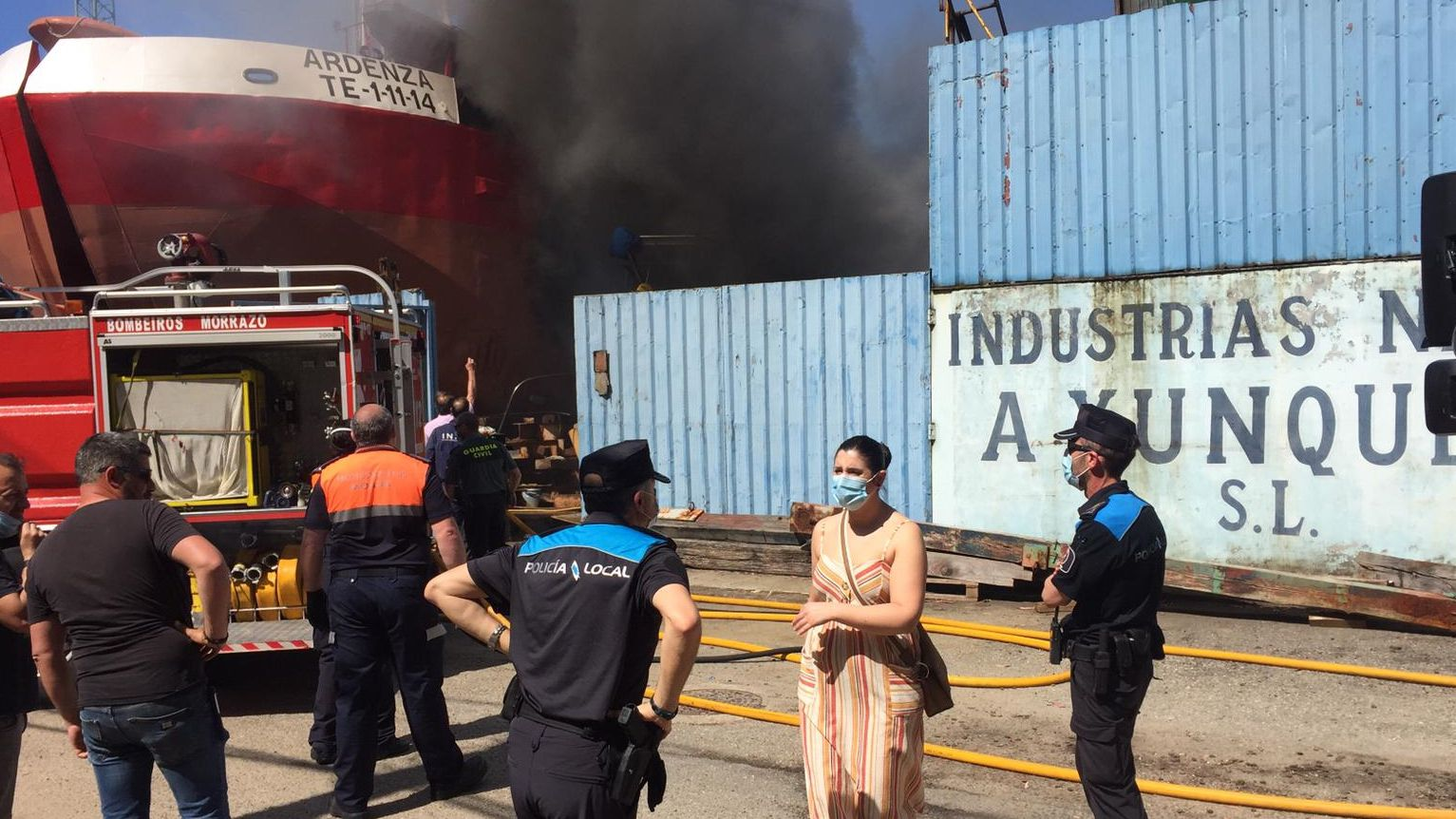 Incendio en el astillero Xunqueira de Moaña