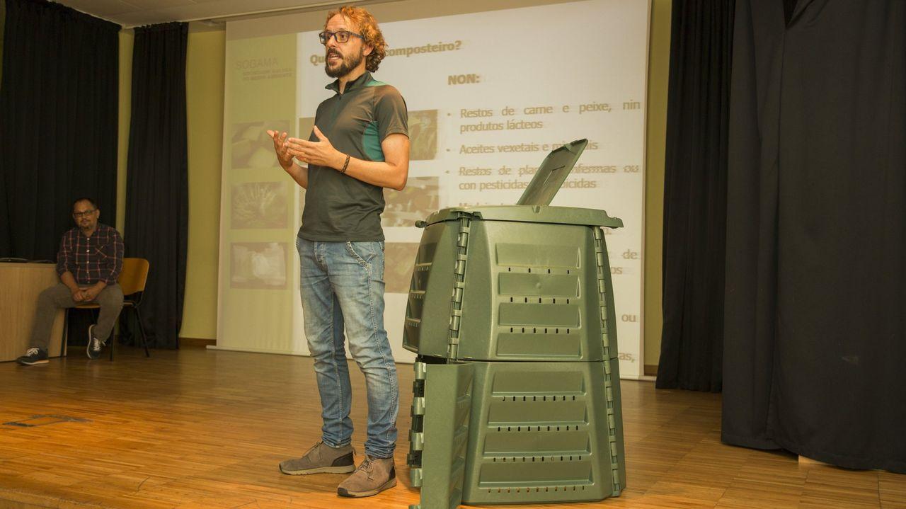 Imagen de archivo de una charla en la que se explicaba el funcionamiento de los composteros