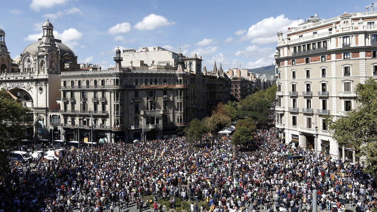 Protesta por las detenciones y registros contra la organización del referendum catalán