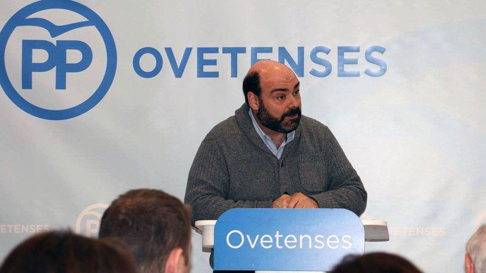 Agustín Iglesias Caunedo, en una junta local del PP de Oviedo.Agustín Iglesias Caunedo, en una junta local del PP de Oviedo