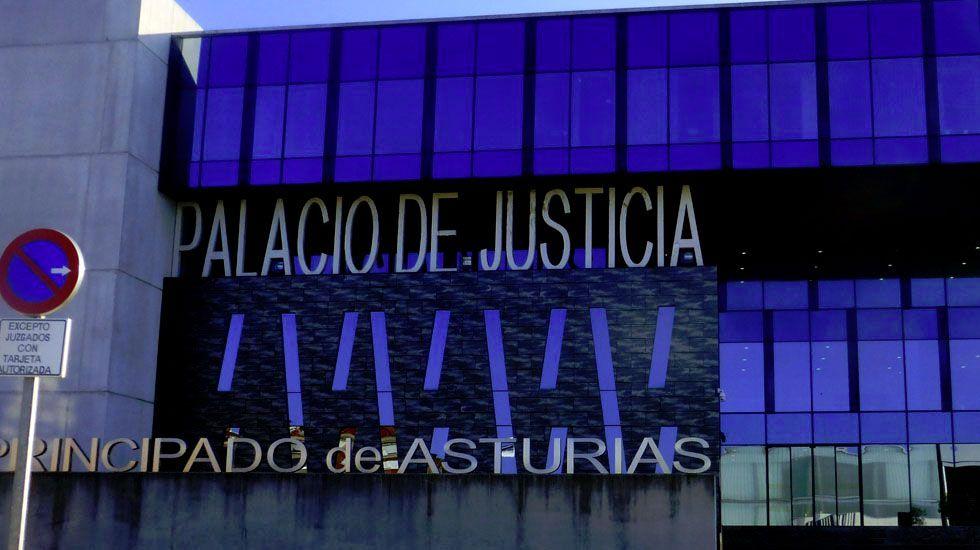 Centro de menores Los Pilares, en Oviedo.Juzgados de Gijón