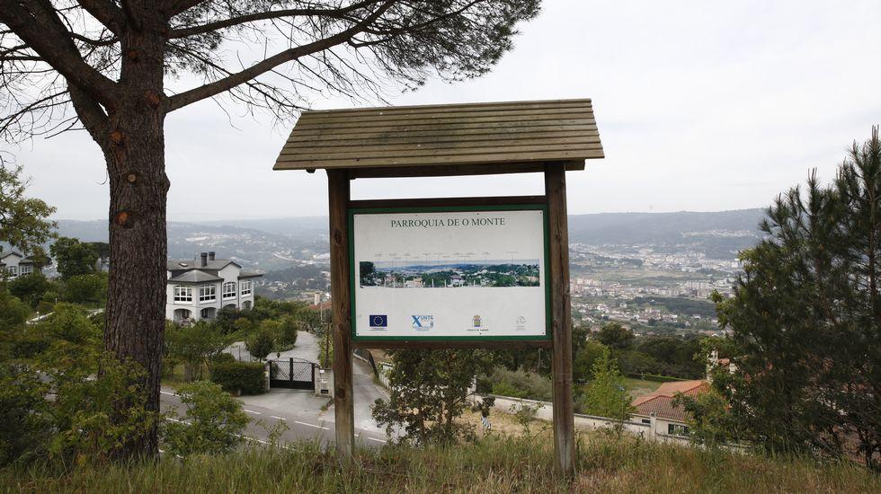 Una mañana en el Museo Reverter.Control en el antiguo paso fronterizo de Pontebarxas, en Ourense