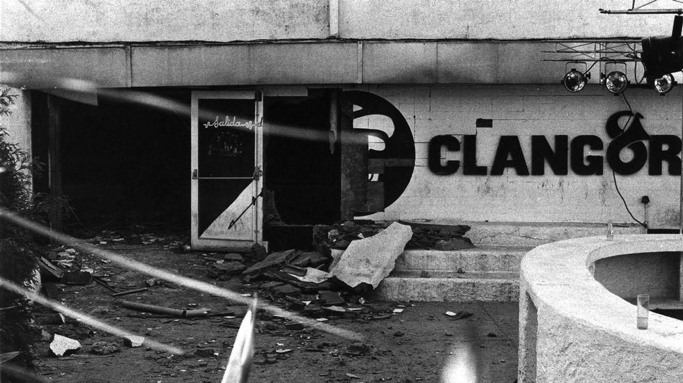 El 11 de octubre de 1990 el Exército Guerrilheiro destrozó la emblemática discoteca compostelana Clangor. Fue su atentado más sangriento: murieron tres personas, una estudiante y dos terroristas.