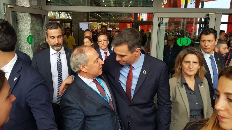 Tomé saluda a Pedro Sánchez en la última edición de la feria internacional de turismo de Madrid