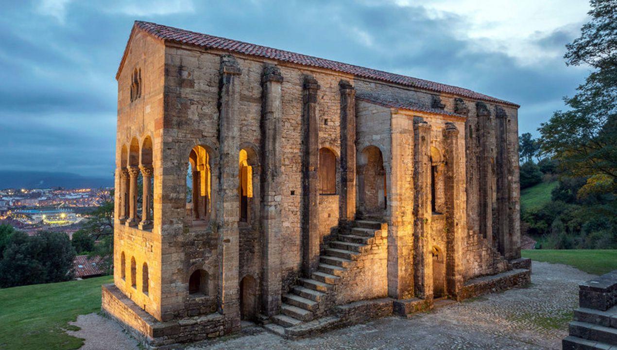 Santa María del Naranco fue el monumento más votado como edificio más bello de Asturias, según la revista internacional AD