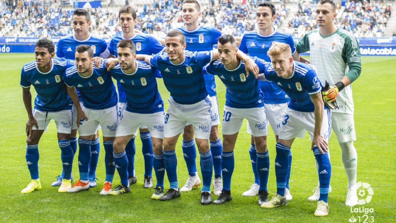 El Deportivo - Osasuna en imágenes.Alineación del Oviedo ante Osasuna
