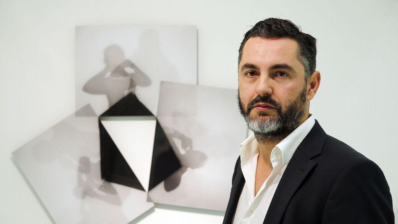 En la imagen, el escritor vigués Álex Mene, ganador del premio literario Muíño do Vento