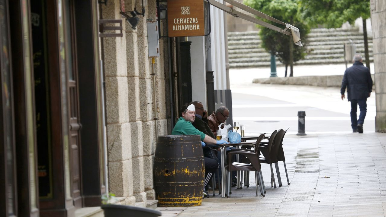 Asturias mete los pies en la Fase 2.Javier García quiere publicar «Diario de un confinamiento»