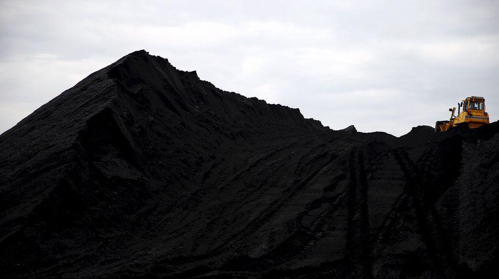 concurso hípico saltos gijón CSIO CSI.Varias máquinas trabajando en una mina de carbón en Polonia
