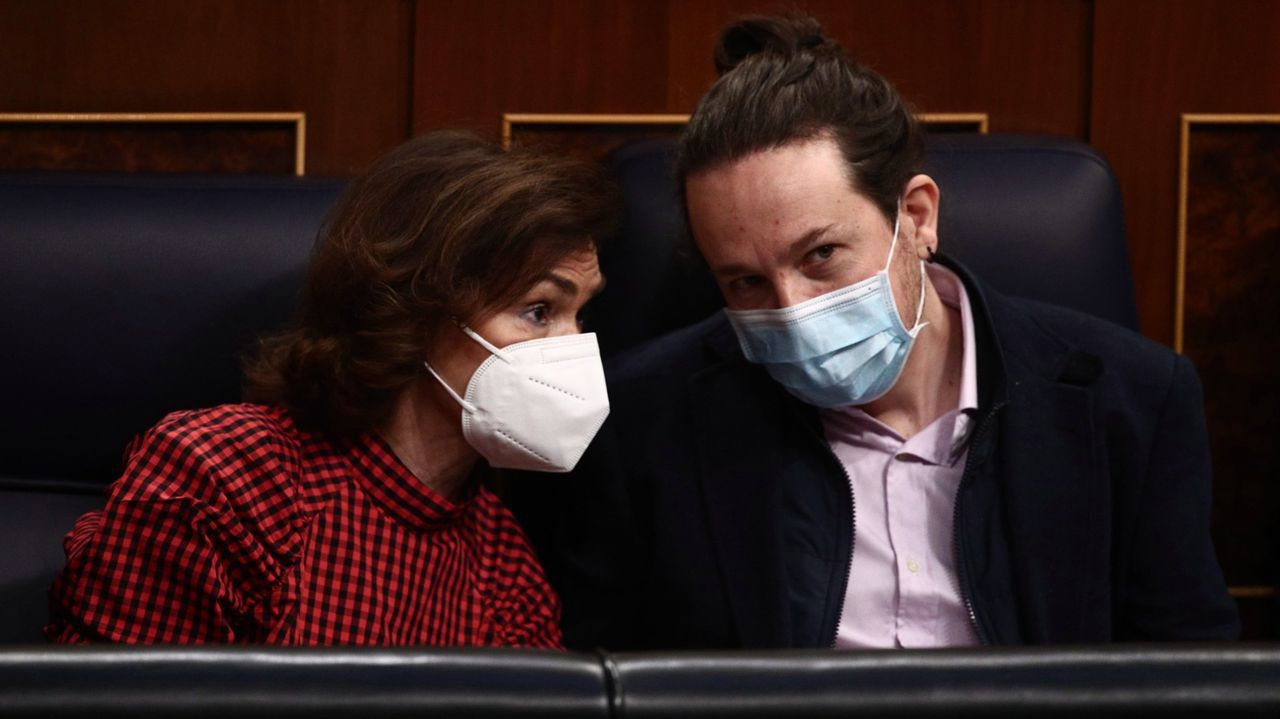 En directo | Comparecencia de Pedro Sánchez tras el Consejo de Ministros.Carmen Calvo y Pablo Iglesias, en el Congreso en una imagen de archivo
