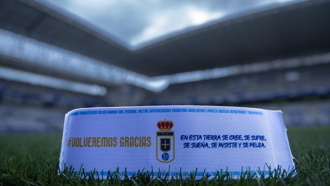 El nuevo brazalete del Real Oviedo