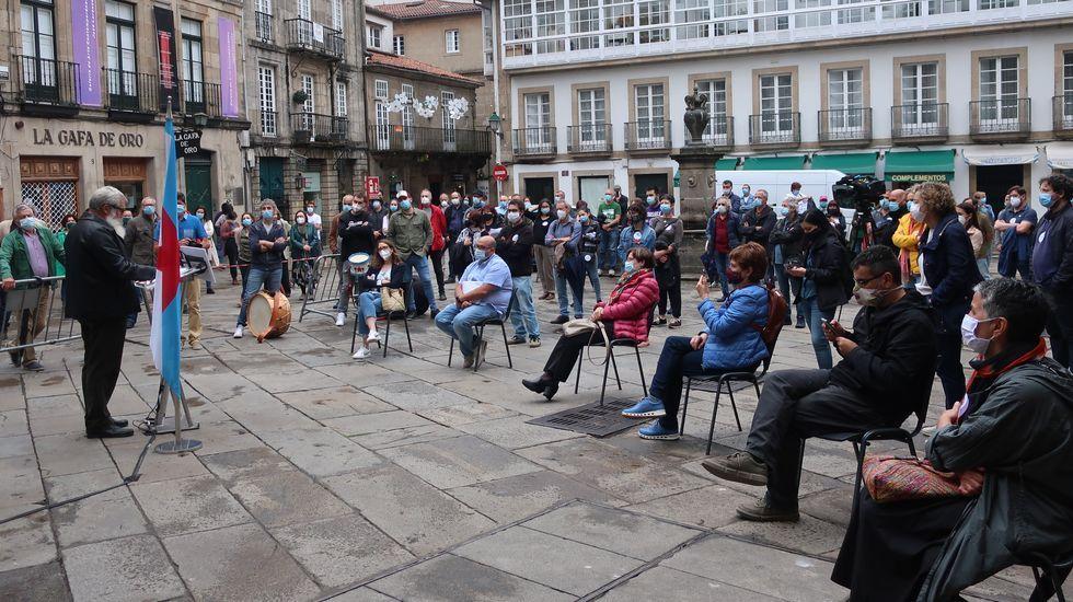 Imagen de archivo de una mesa electoral en Vigo