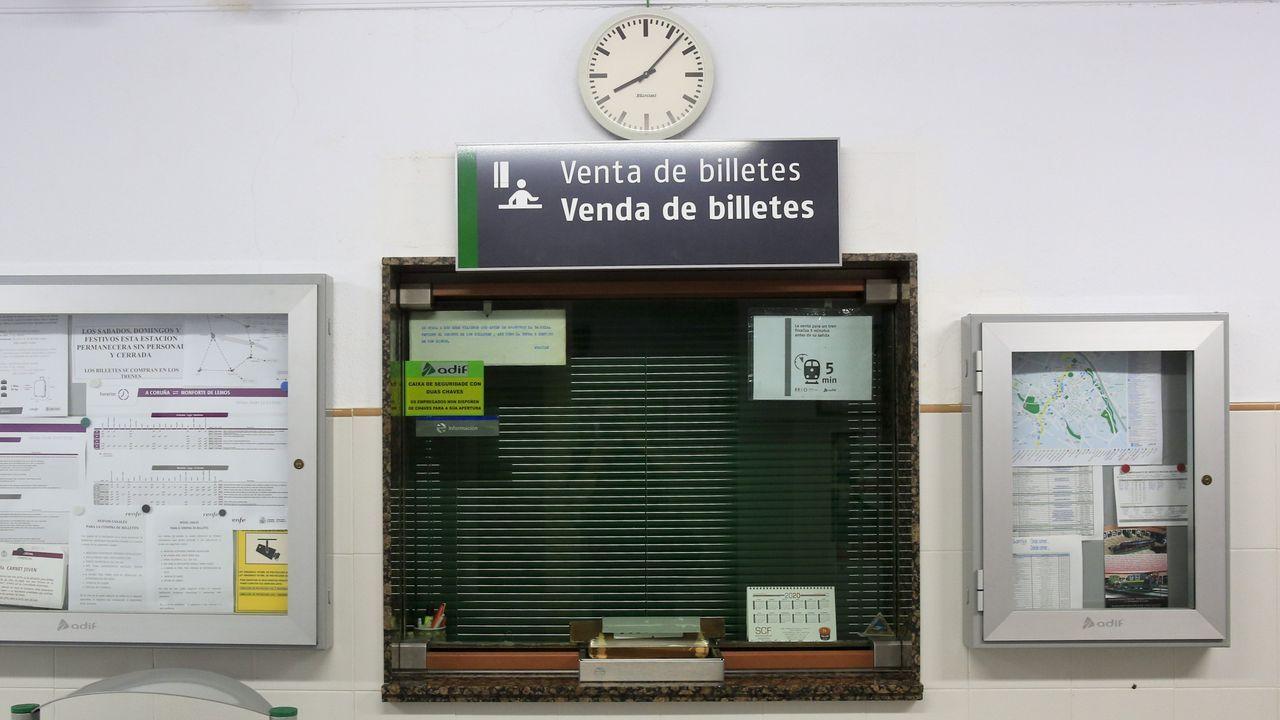 Renfe cerró la venta presencial de billetes en estaciones como Sarria