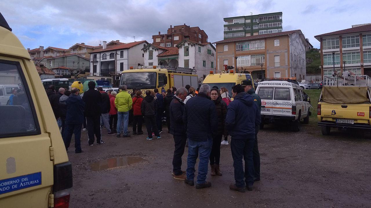 Batida para buscar a Concepción Barbeira.Coche de la Guardia Civil