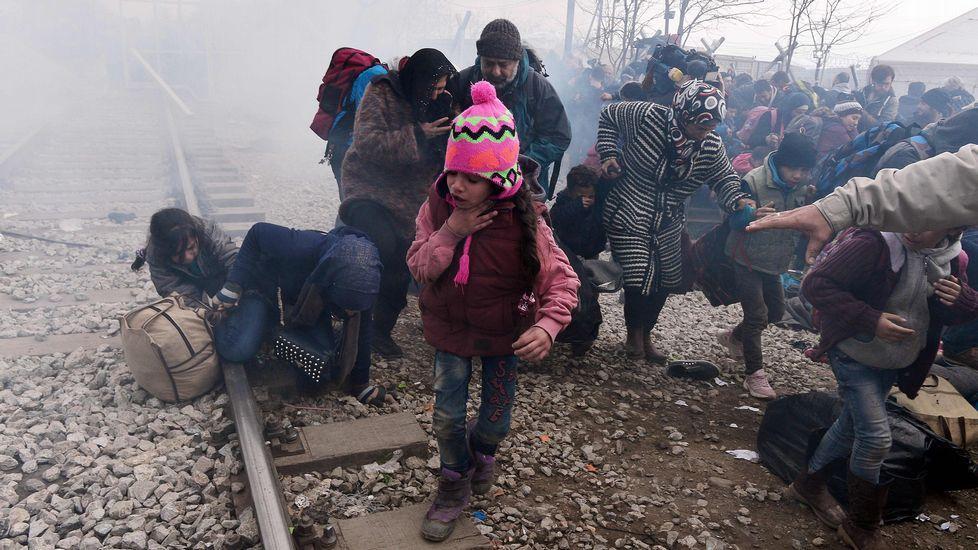 Desesperación de los refugiados en la frontera entre Grecia y Macedonia