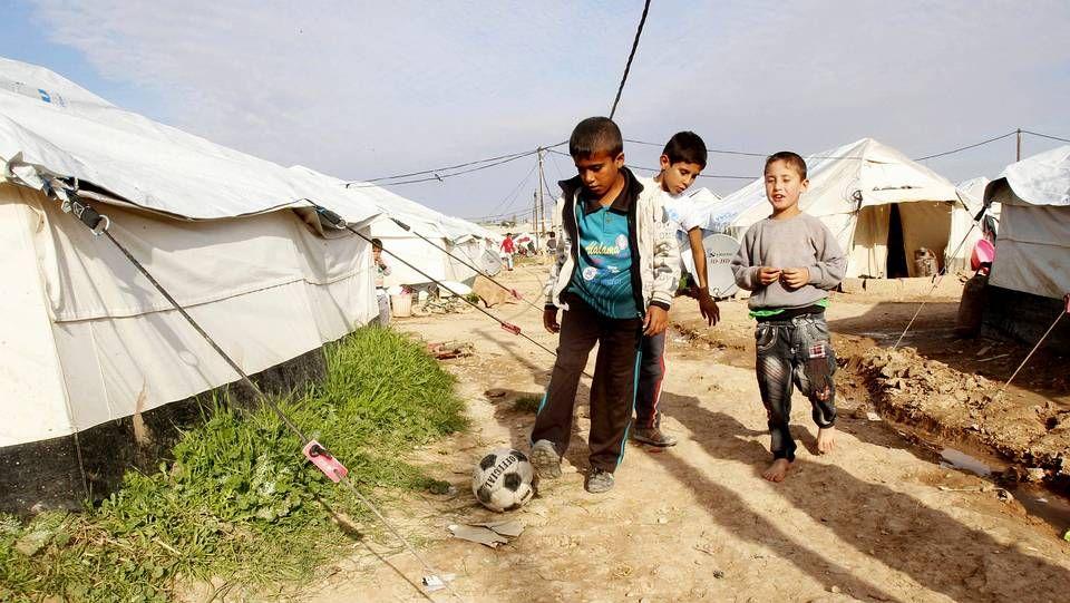 Niños en un campo de refugiados del Líbano