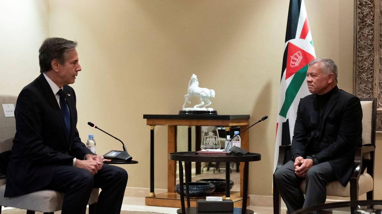 El secretario de Estado de EE.UU., Antony Blinken, durante su reunión con el rey de Jordania