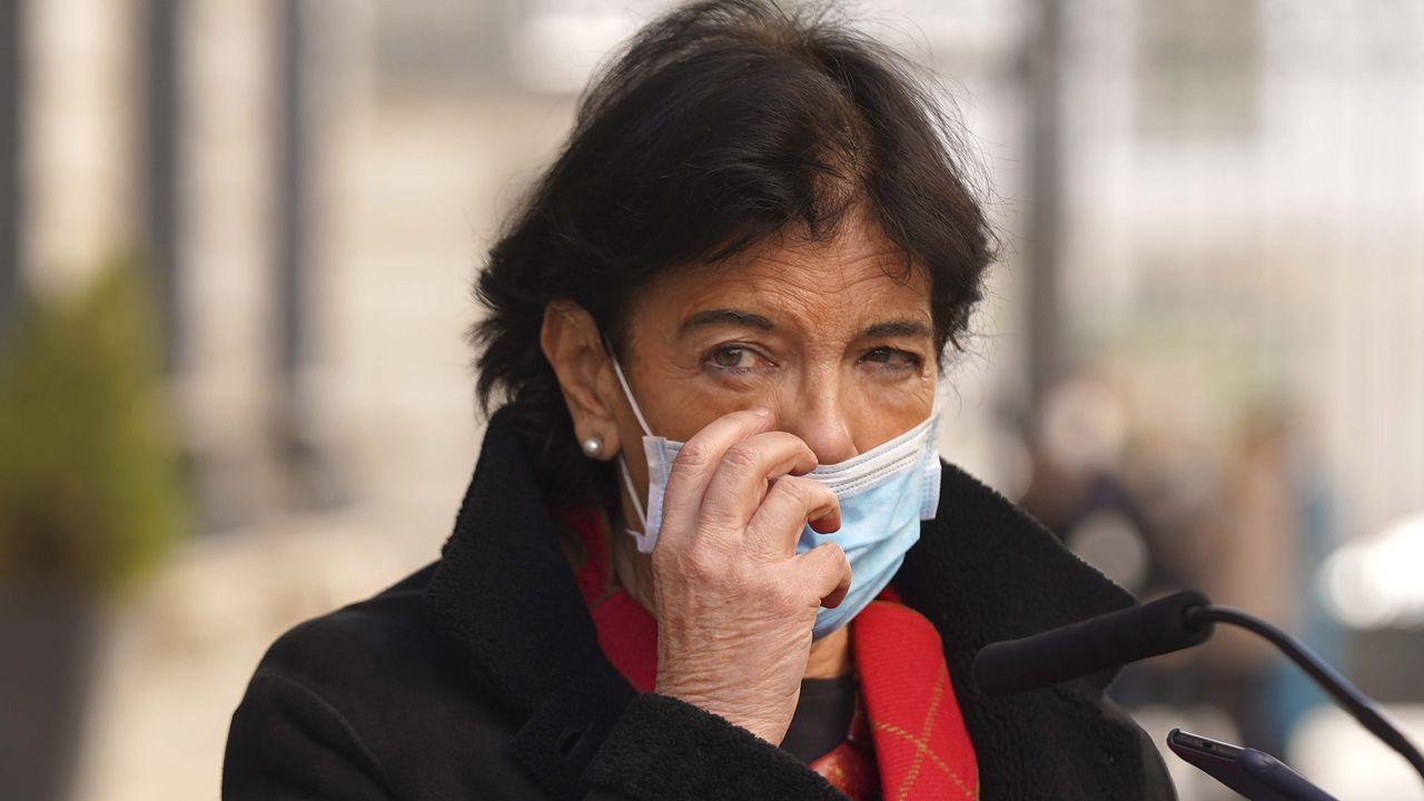 Concentración en repulsa por el asesinato de Soledad Rey.Fotograma del filme del director -también coguionista- Gabriel le Bomin «De Gaulle»