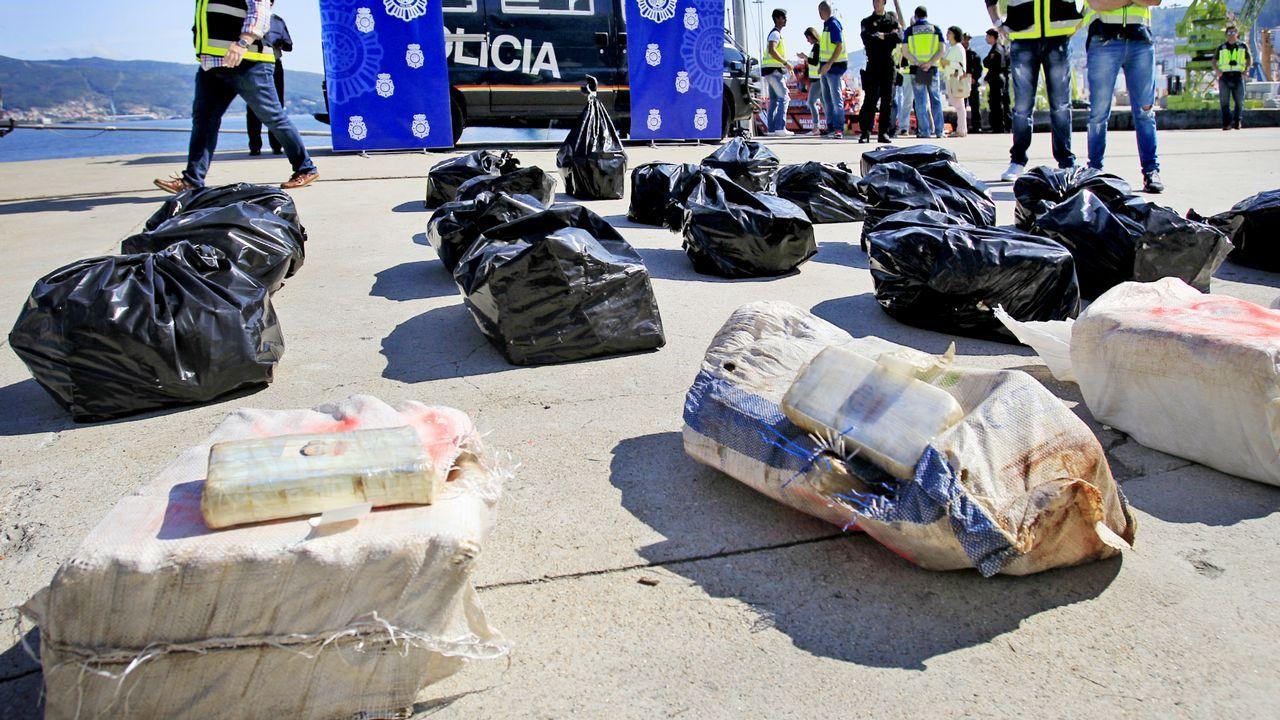 Descarga de un alijo de cocaína en el puerto de Vigo