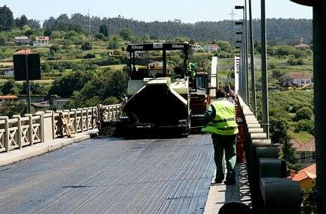El corte de O Pedrido generó a principios de mes desvíos de tráfico hacia la autopista.