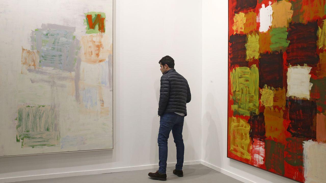 Dos imponentes lienzos de Campano en la galería madrileña Juan de Aizpiru