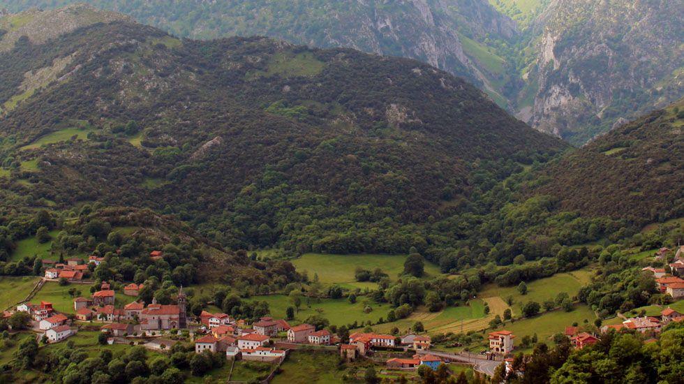 Alles, en Peñamellera Alta