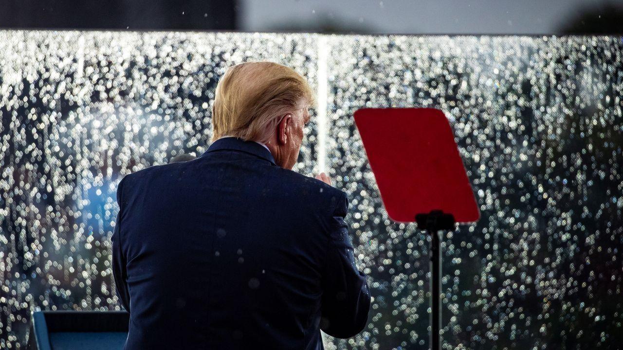 Trump, durante la lectura de su discurso preparado en el Memorial Lincoln