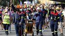 Los trabajadores de Alcoa, en una marcha desde Río Cobo a San Cibrao
