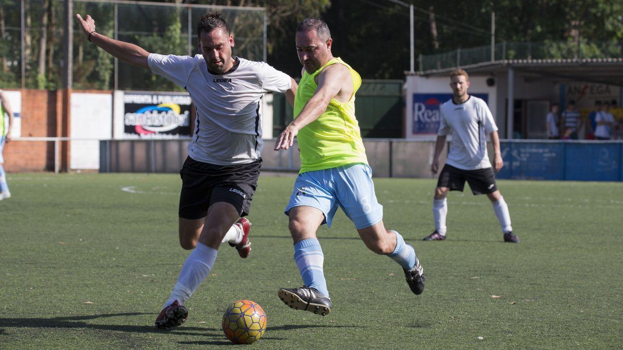 El Club do Mar, campeón de la Copa da Costa de veteranos.Esmorgadirt en Sarria