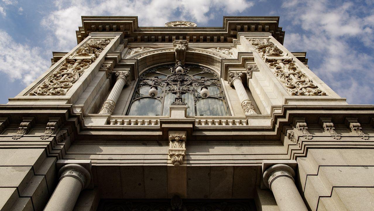 Edificios emblemáticos de Oviedo.Infografía de cómo quedará la reforma del 134 de la Ronda da Muralla de Lugo