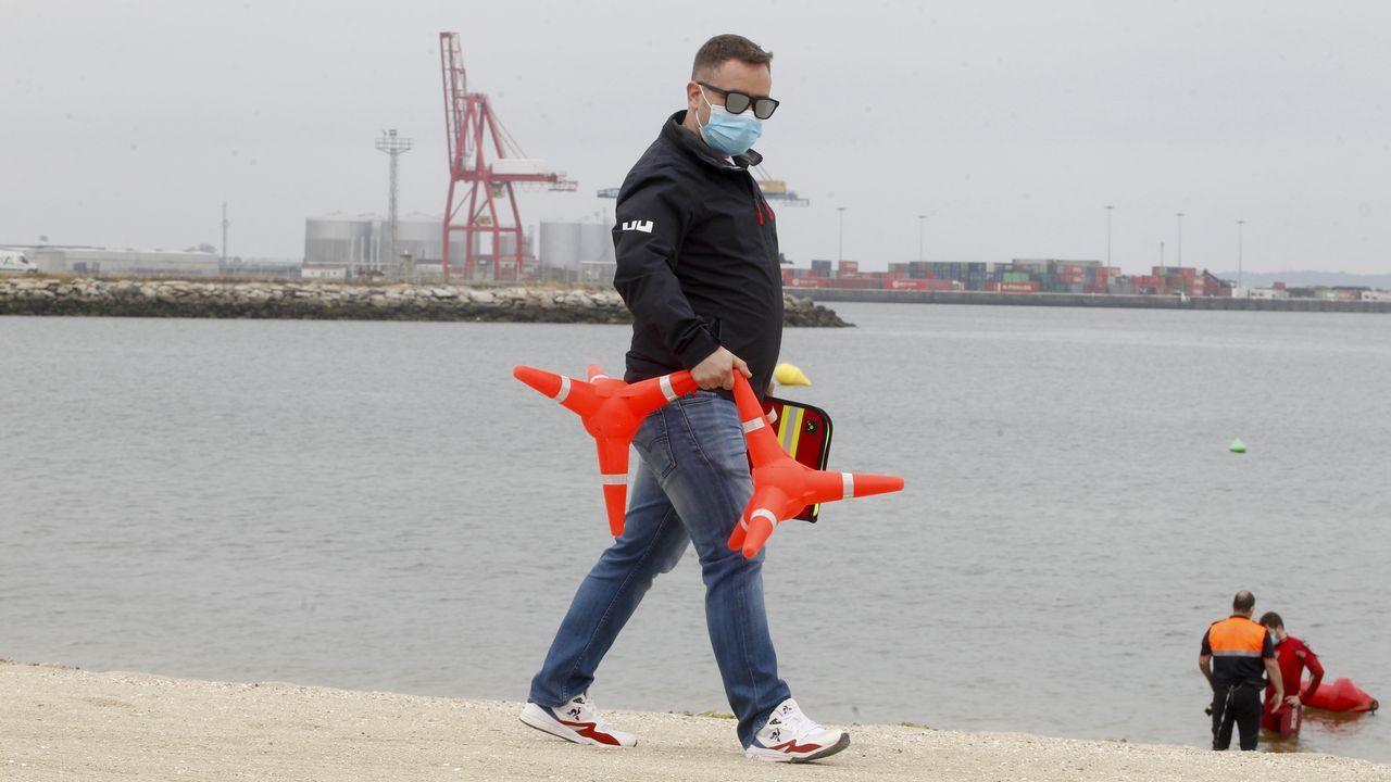 Pruebas para socorristas en la playa de A Compostela